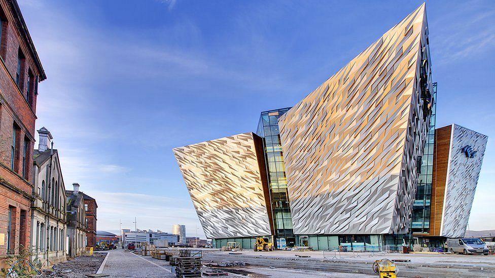 Белфаст – город контрастов